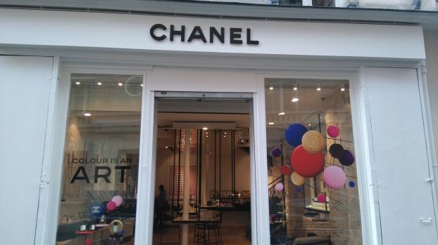 Boutique CHANEL BEAUTÉ le Marais