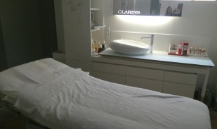 Cabine Clarins Skin Spa